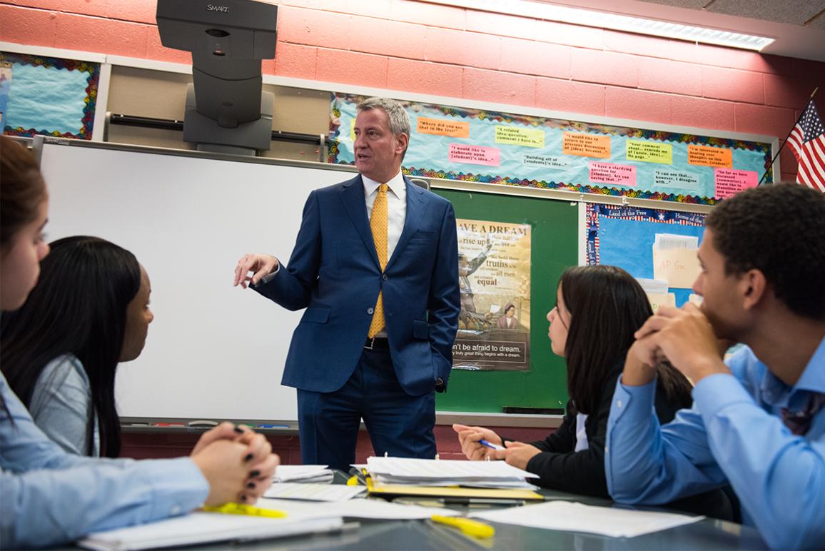 De Blasio visiting a school. Photo credit: Edwin J. Torres/ Mayoral Photo Office